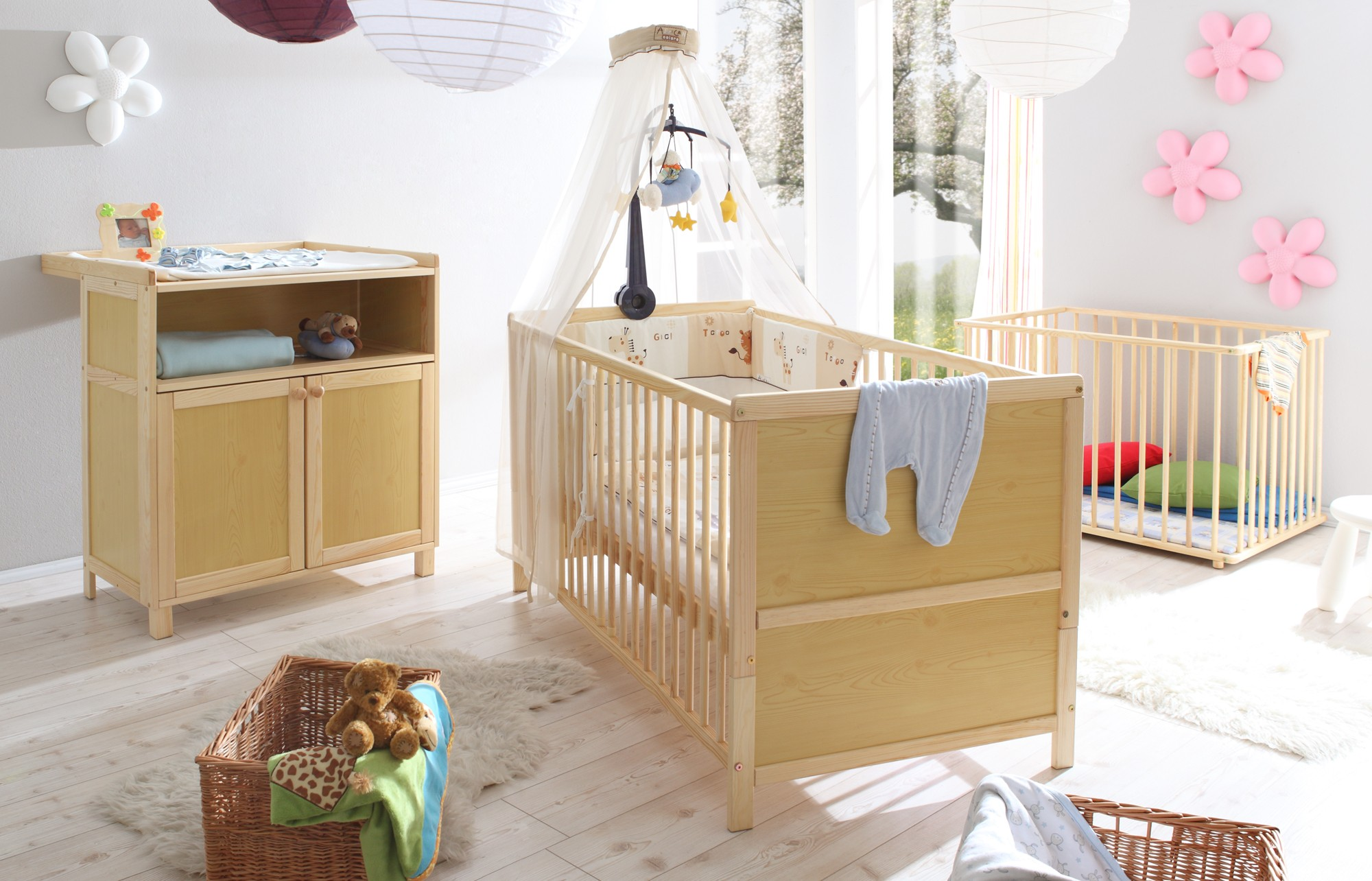 babyzimmer 3 teilig kiefer natur h c m bel. Black Bedroom Furniture Sets. Home Design Ideas