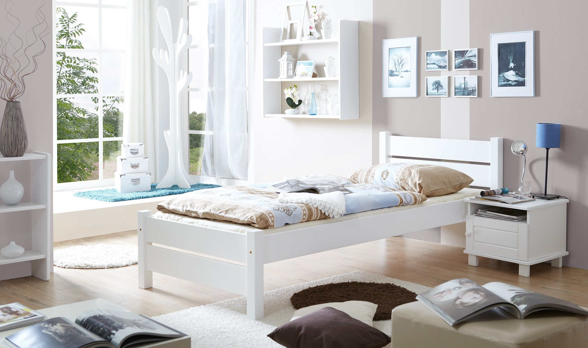 einzelbett 90x200 kiefer weiss h c m bel. Black Bedroom Furniture Sets. Home Design Ideas