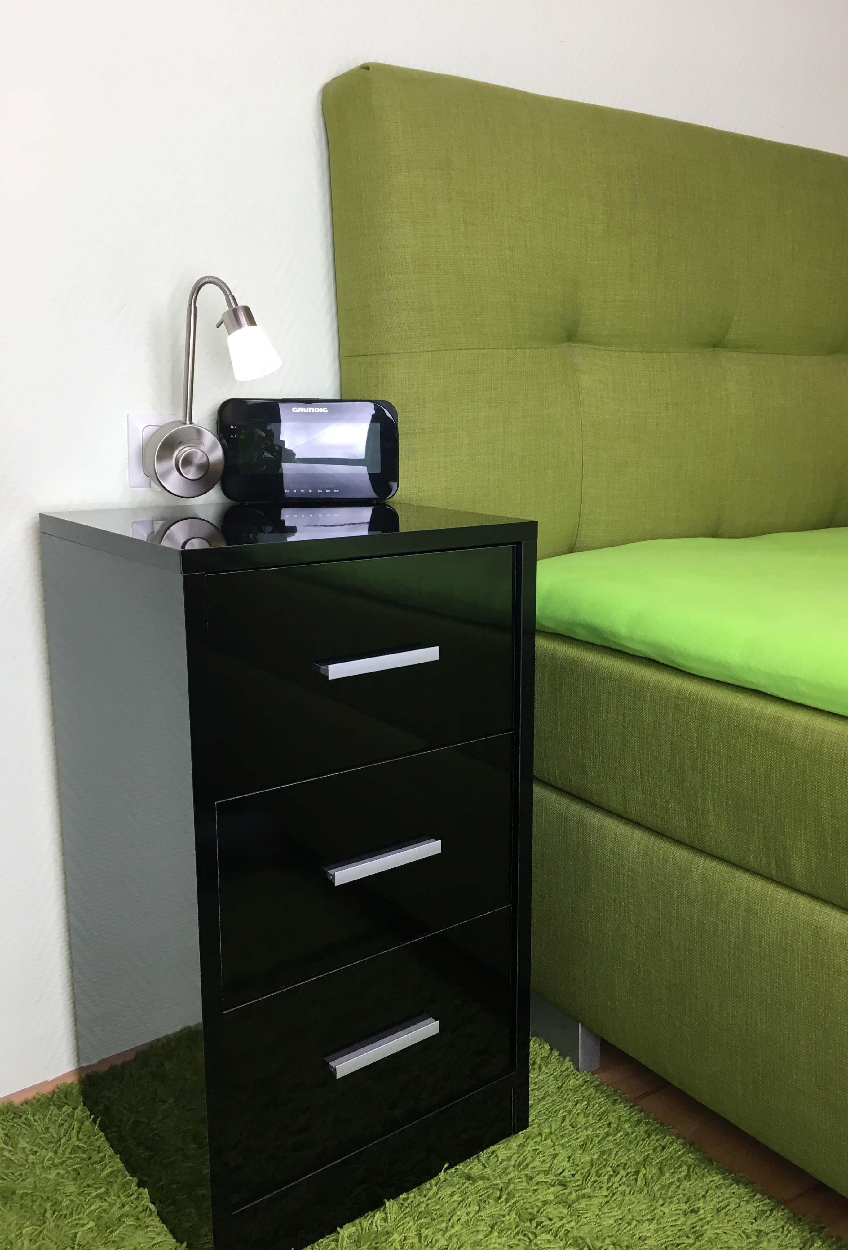 nachtkommode 3 schub schwarz hochglanz k601 s h c m bel. Black Bedroom Furniture Sets. Home Design Ideas