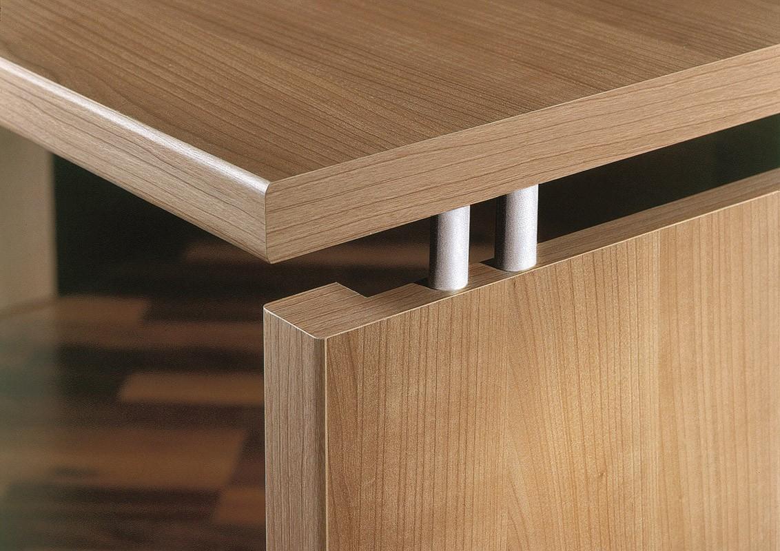 Arbeitstisch - Schreibtisch Mod.T180 Nussbaum Royal - H&C Möbel