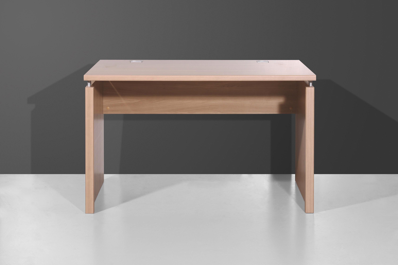 arbeitstisch schreibtisch mod t180 nussbaum royal h c m bel. Black Bedroom Furniture Sets. Home Design Ideas