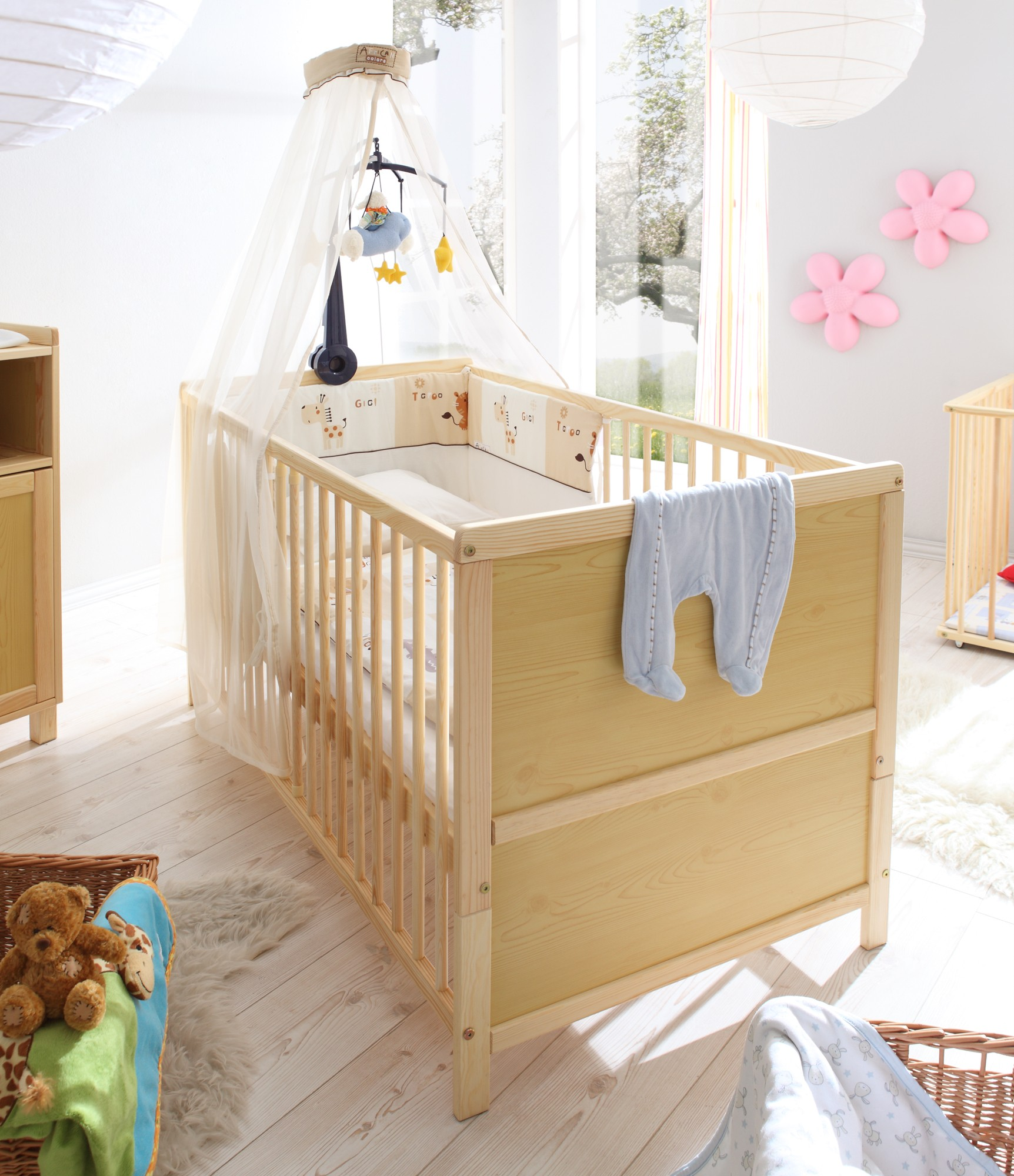 babyzimmer 2 teilig kiefer natur h c m bel. Black Bedroom Furniture Sets. Home Design Ideas